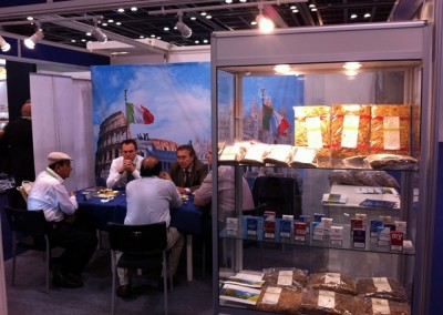 Italian Flair at World Tobacco Middle East 2012 in Dubai-2